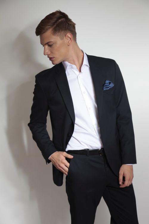 Plavo odijelo otporno na gužvanje - Regular fit