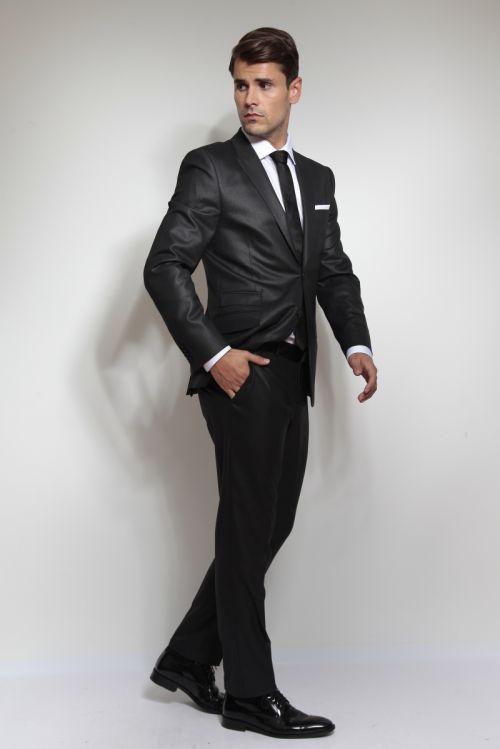 Elegantno crno muško odijelo - Slim fit