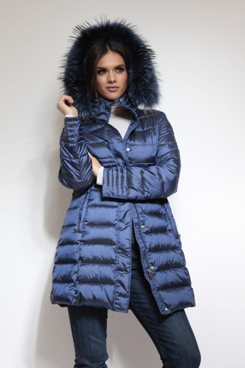 Ženska zimska jakna s kapuljačom