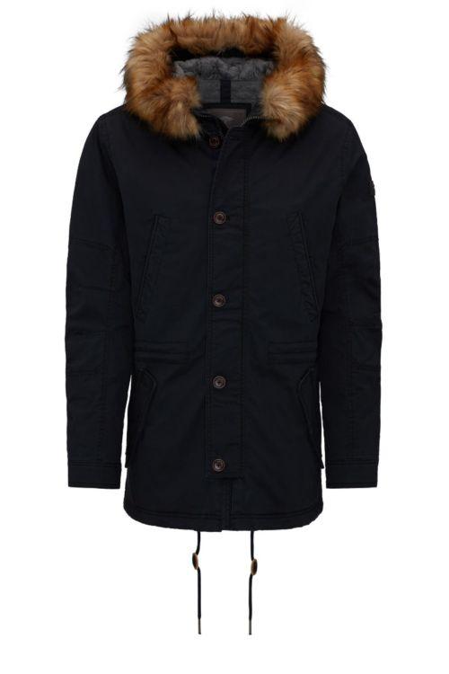 Atraktivna muška jakna s krznom