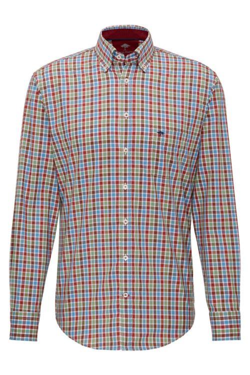 Muška košulja sa šarenim kariranim uzorkom