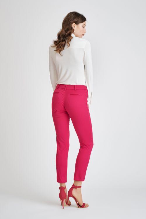 Poslovne ženske hlače u dvije boje