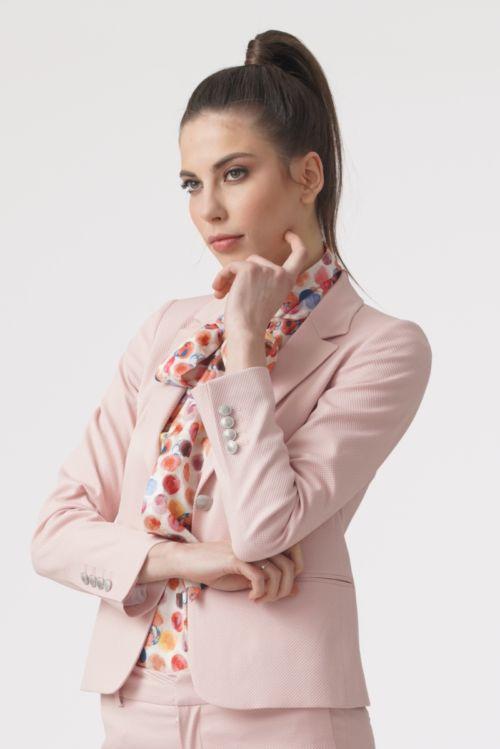 Ženski poslovni sako u tri boje