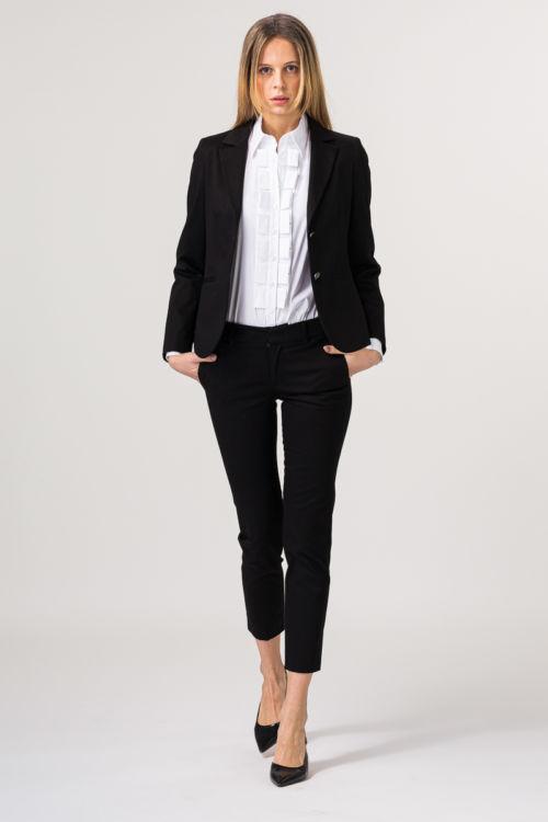 Poslovne ženske hlače crne boje