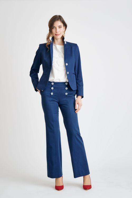 Široke plave hlače s dekorativnim gumbima