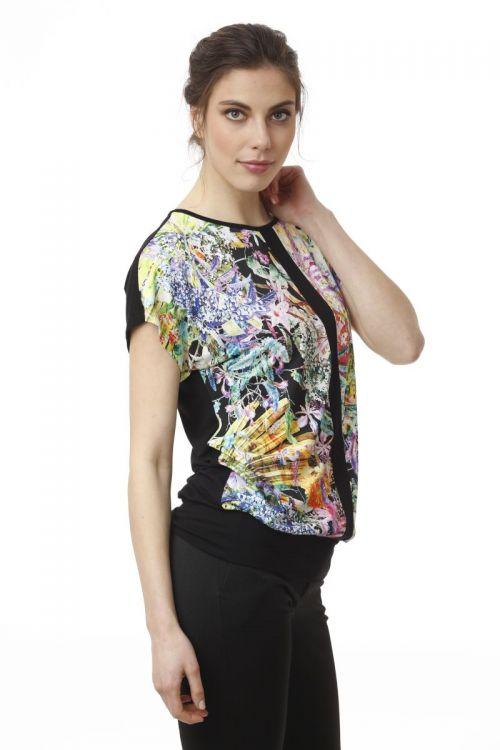 Crna ženska majica sa cvjetnim printom