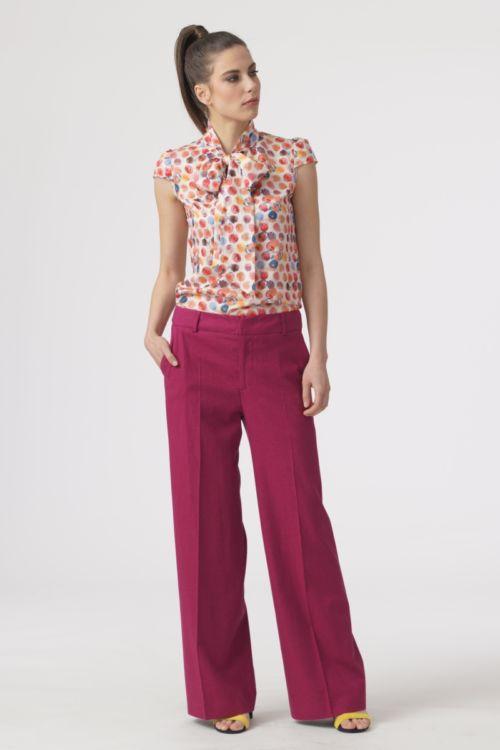 Ženske hlače šireg kroja u tri boje