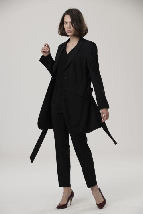 Crni ženski sako dužeg kroja