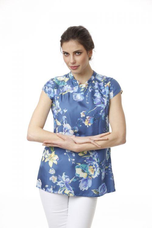 Svilena bluza sa cvjetnim uzorkom u dvije boje
