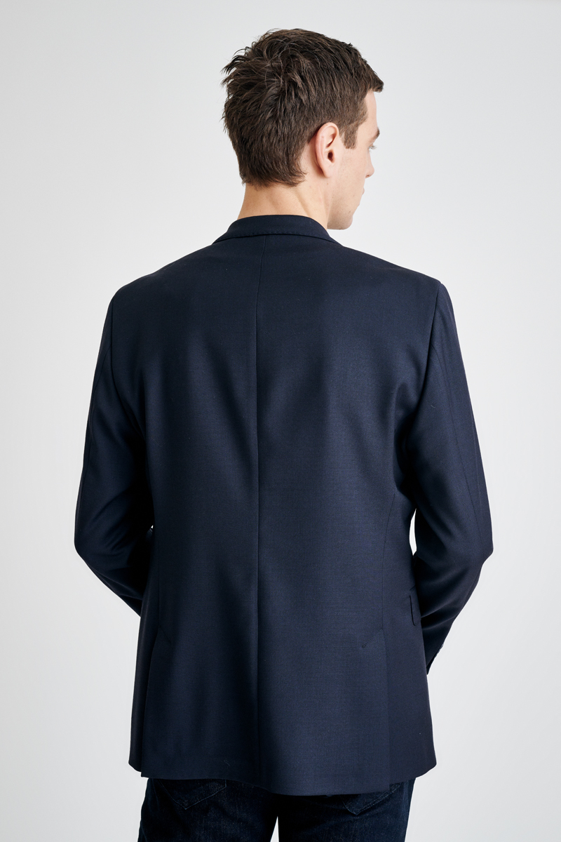 Dark blue jacket with decent details - Regular fit
