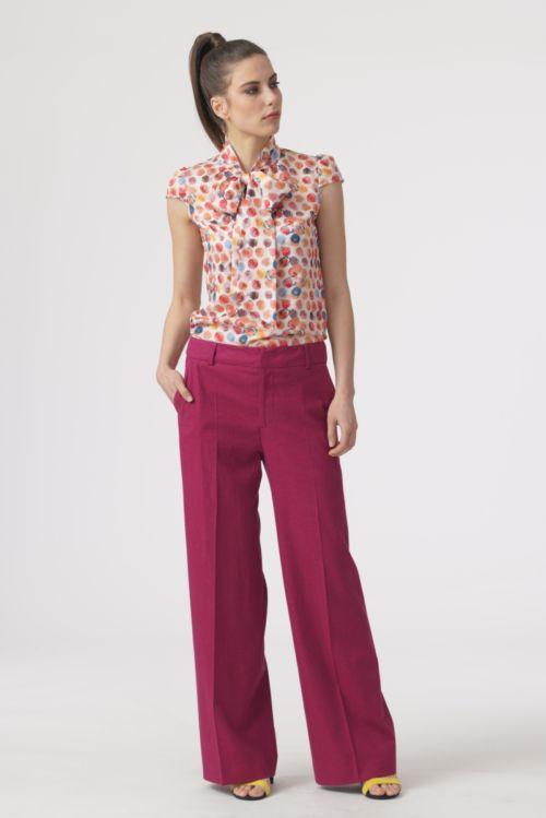 Ženske hlače šireg kroja u dvije boje s udjelom lana