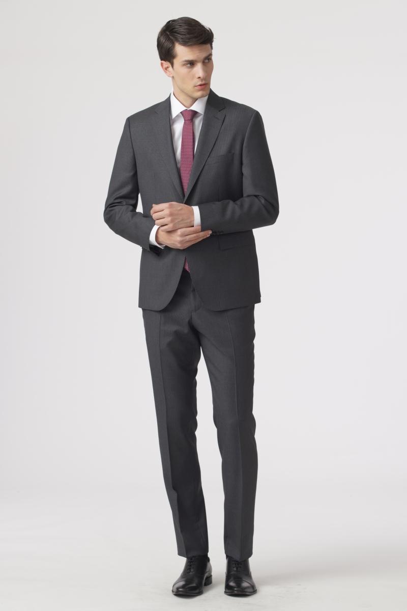Muško sivo odijelo sa sitnim prugama - Regular fit