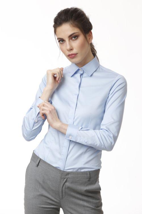 Ženska košulja sa skrivenim kopčanjem u dvije boje