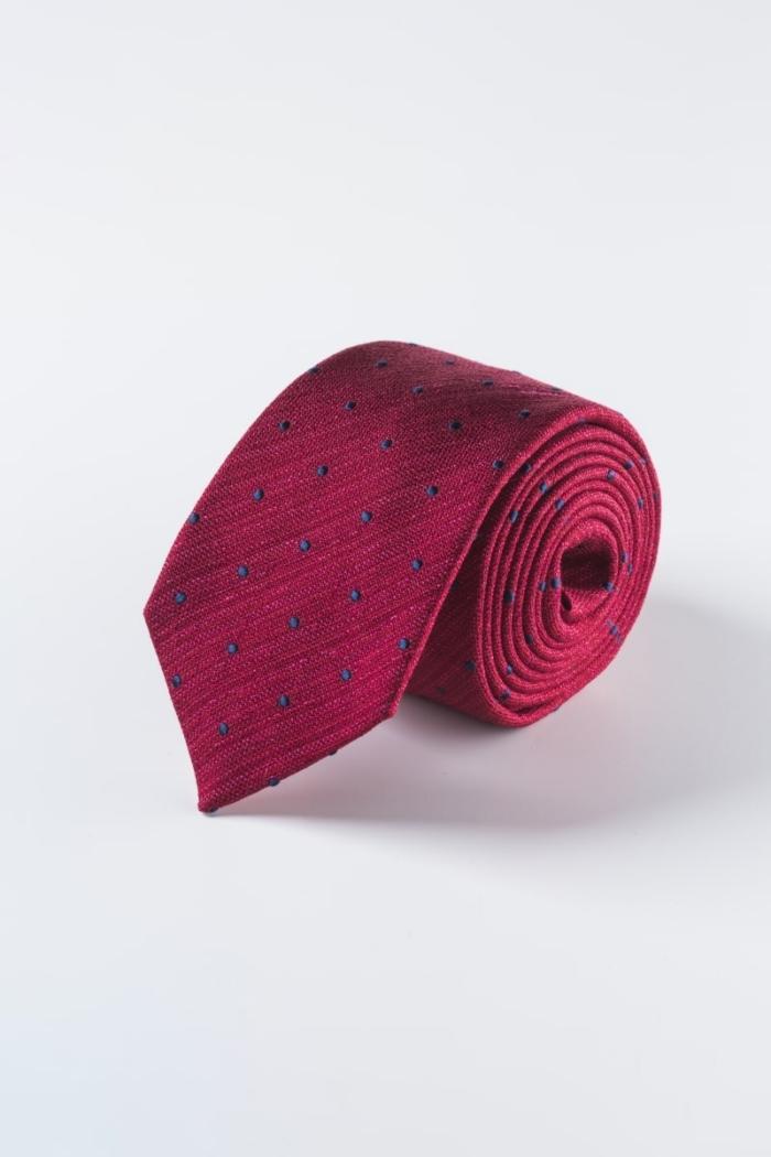 Svilena crvena kravata s plavim točkama