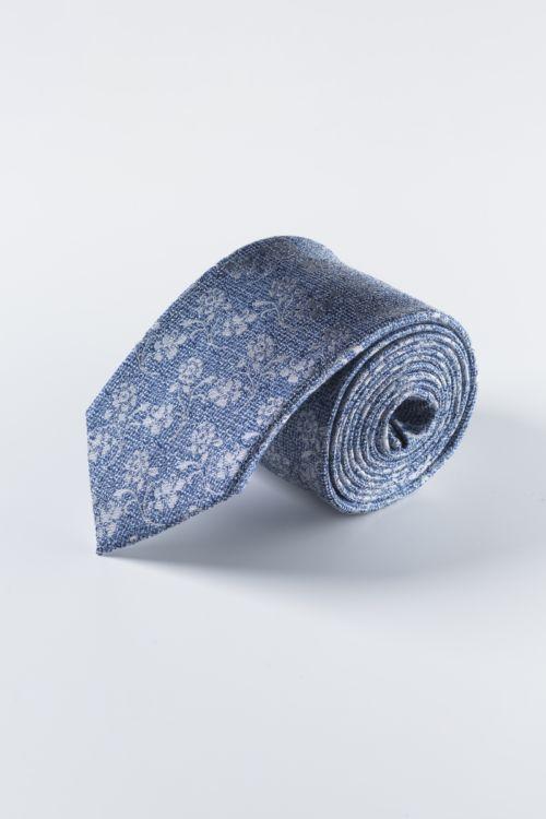 Svilena svjetlo plava kravata sa cvjetnim uzorkom