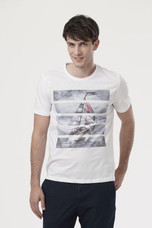 Muška majica s atraktivnim printom