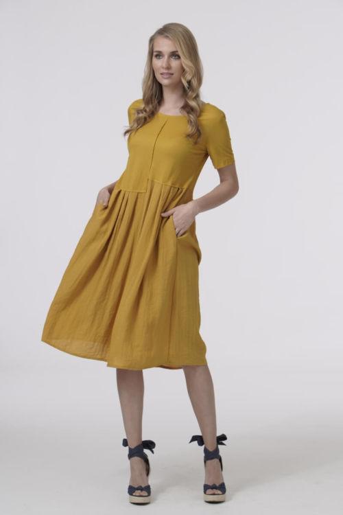 Haljina za sve žene živog duha u upečatljivim bojama