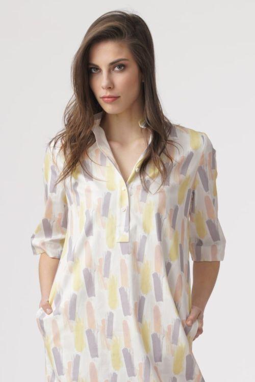 Pamučna haljina s nježnim pastelnim uzorkom