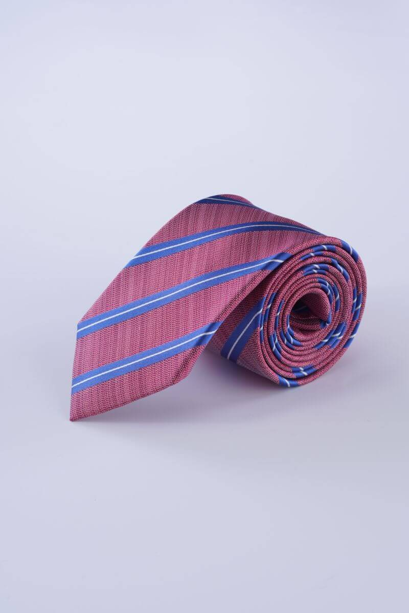 Muška svilena kravata s plavim uzorkom u dvije boje