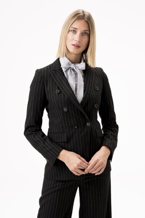 Ženski tamno sivi sako od runske vune