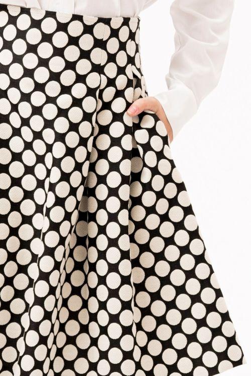 Suknja A kroja s točkastim printom