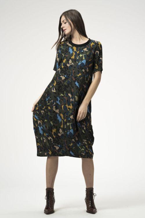 Ležerna ženska haljina s printom