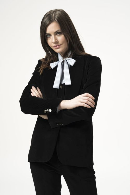 Ženski sako od pliša crne boje
