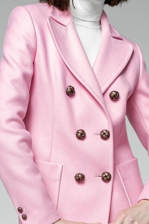 Ženski elegantni nježno rozi kaput