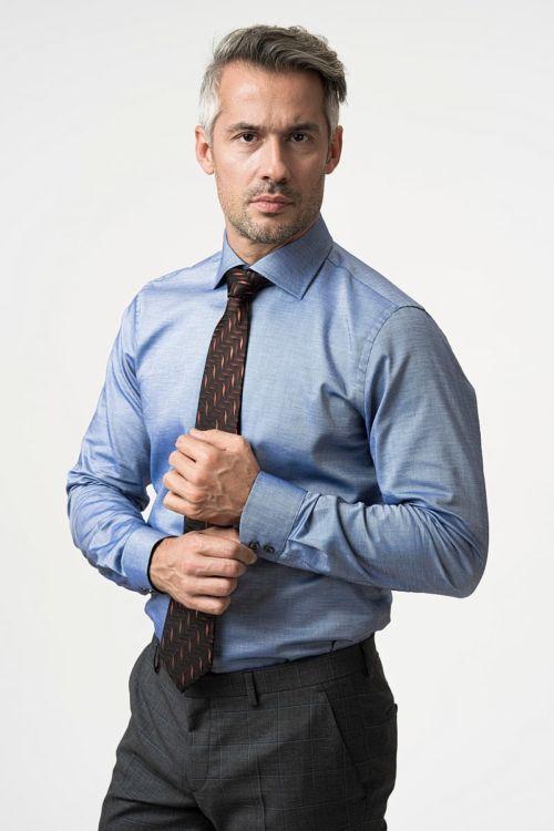 Svestrana muška košulja plave boje - Slim fit