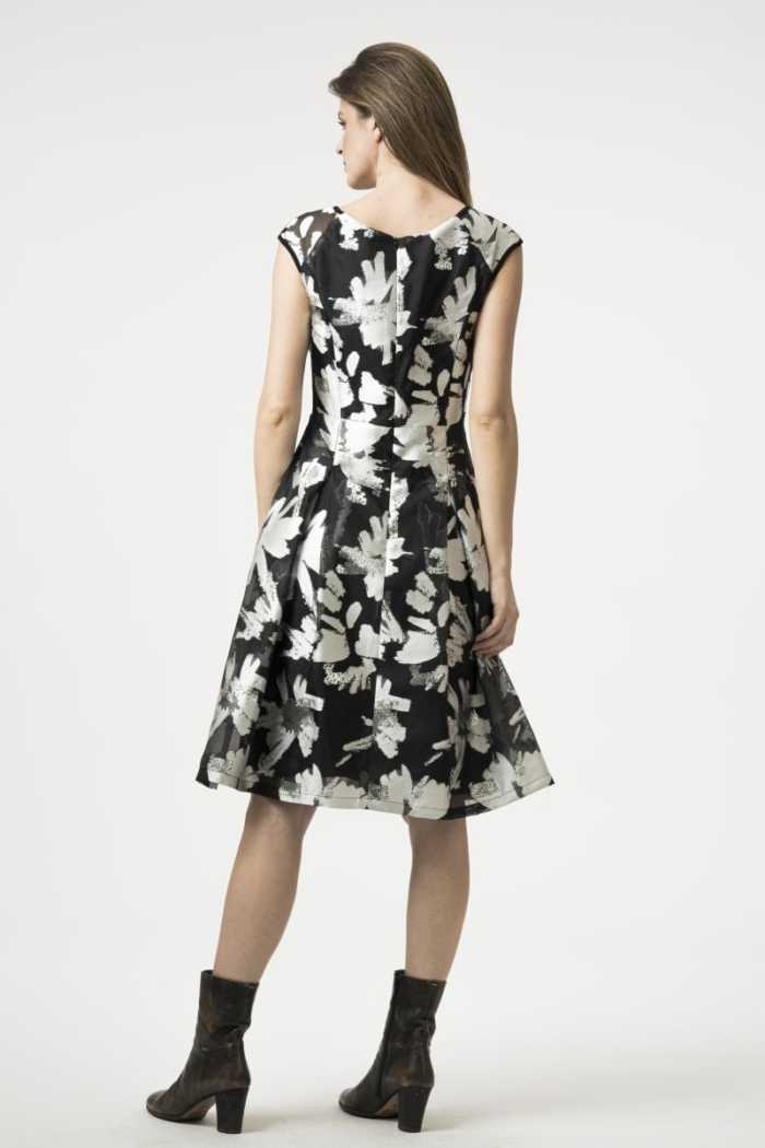 Varteks A-line dress in two colors with silver details