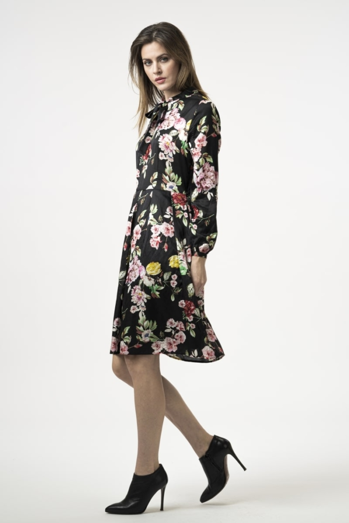 Varteks Floral romantic dress with bow