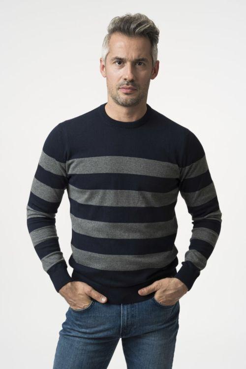 Muški pamučni pulover na pruge