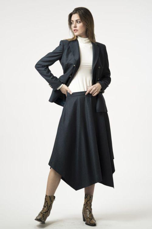 Ženska asimetrična suknja od runske vune
