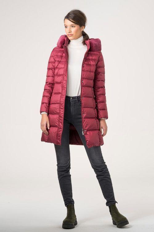 Prošivena jakna s krznom na kapuljači u četiri boje