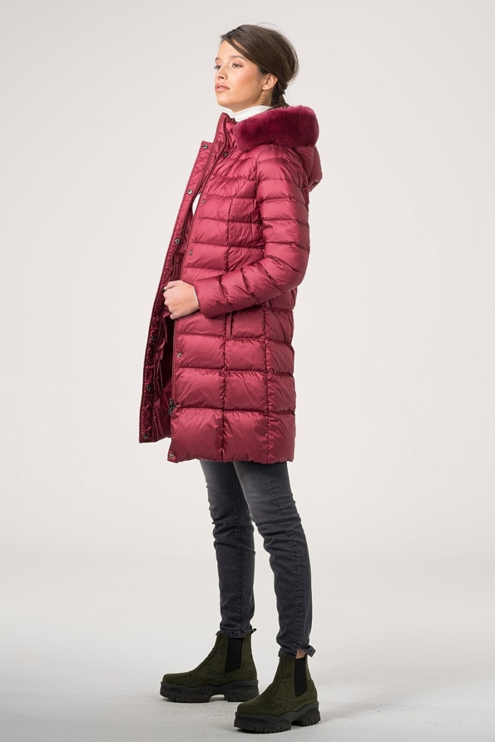 Varteks Quilted jacket with fur on the hood in ruby red and black color