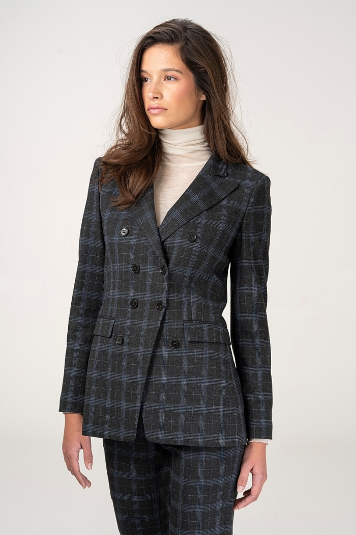Varteks Women's plaid patterned jacket