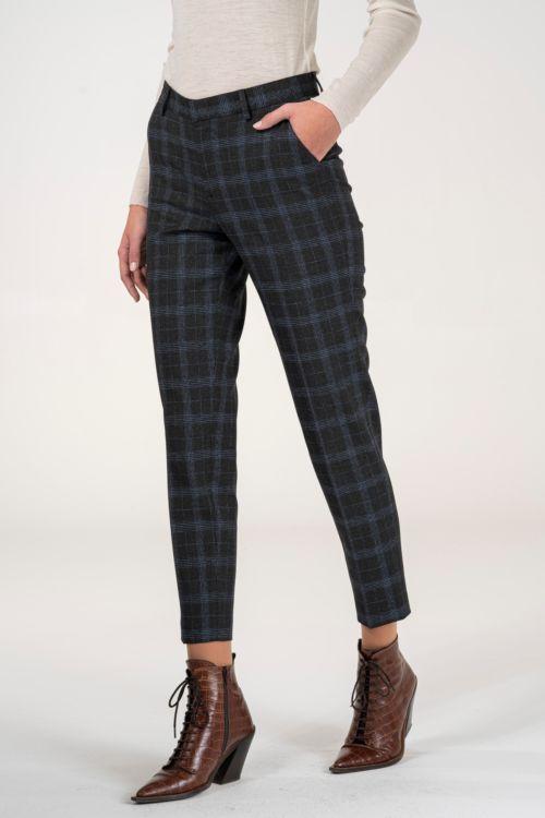 Ženske hlače od odijela kariranog uzorka