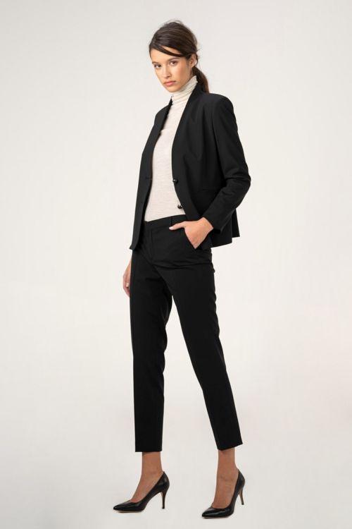 Ženske crne poslovne hlače od runske vune