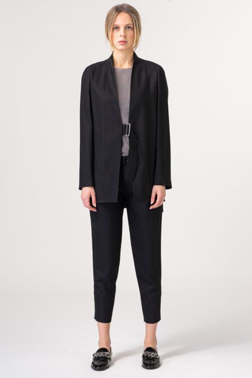Ženske hlače 7/8 u crnoj boji