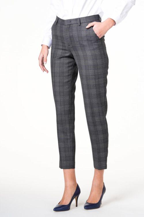 Karirane ženske hlače od odijela