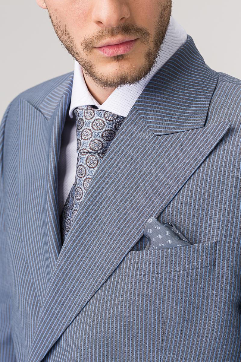 Svijetlo sivi sako od odijela na dvoredno kopčanje - Slim fit