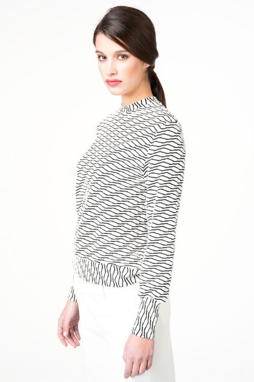 Crno bijela ženska majica
