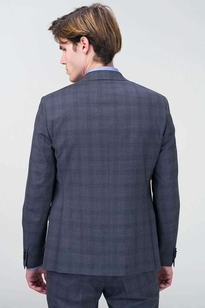 Muško sivo karirano odijelo s prslukom - Slim fit
