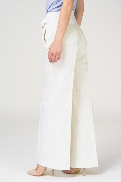 Bijele široke hlače s visokim strukom