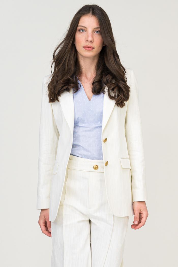 Bijeli ženski sako u kombinaciji pamuka i lana
