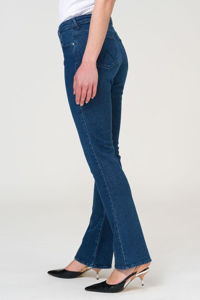 Ženske bootcut traperice - Wrangler