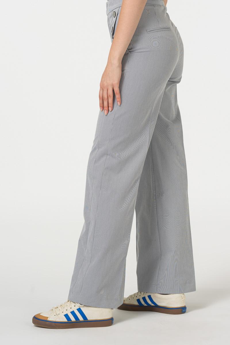 Varteks Ženske hlače s dekorativnim gumbima