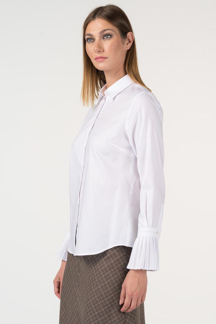 Varteks Bijela košulja s ukrasnim detaljima na rukavu