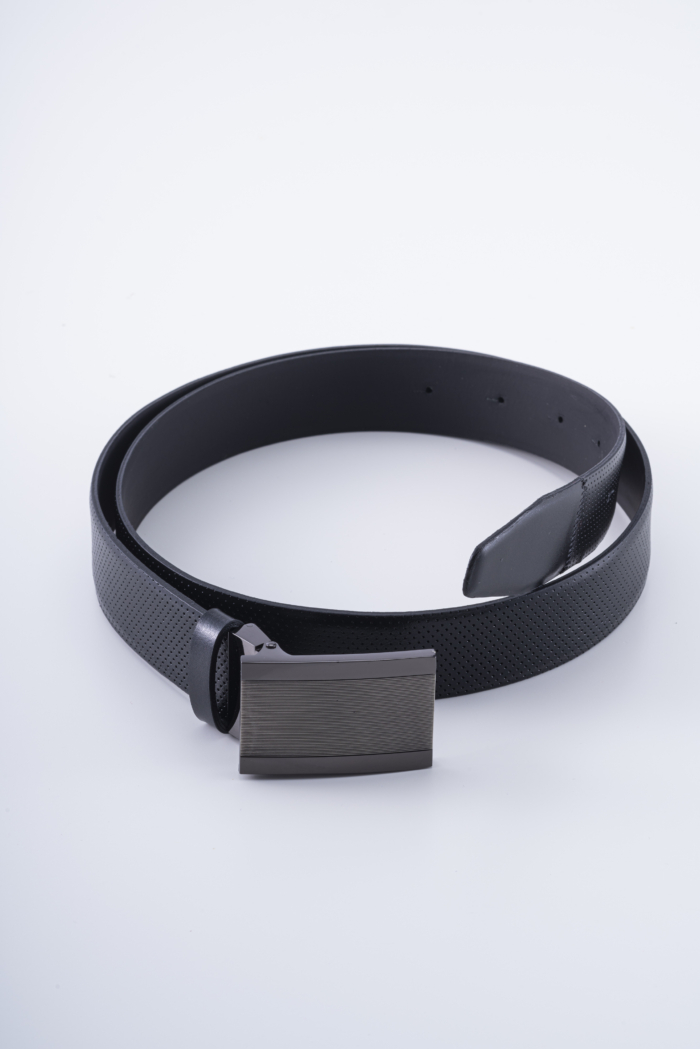 Varteks Black leather belt with full buckle