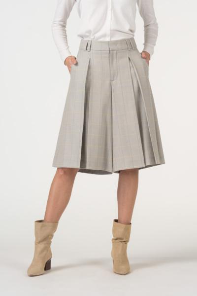Varteks Suknja - hlače nježnog kariranog uzorka
